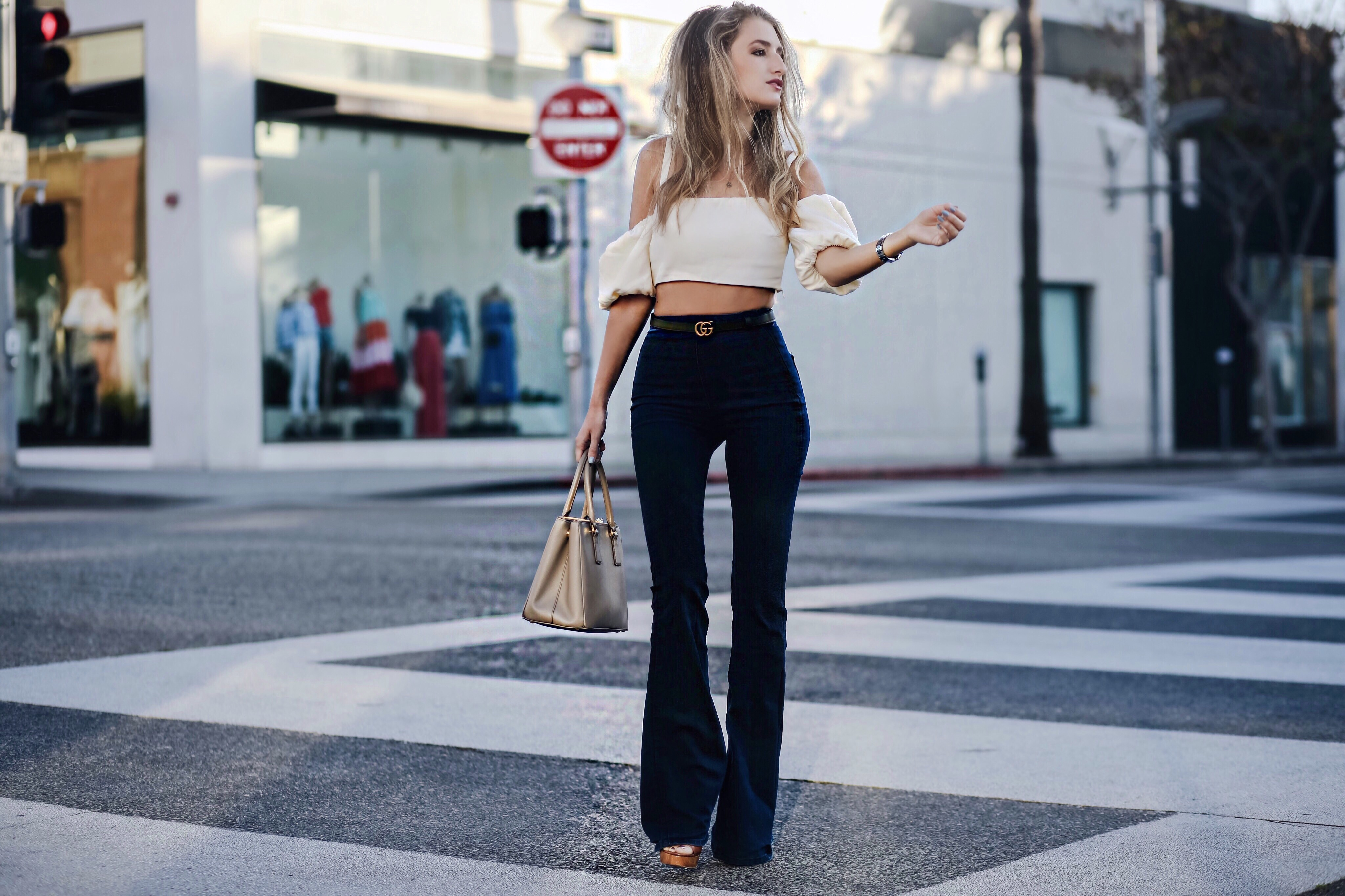 How to wear flares